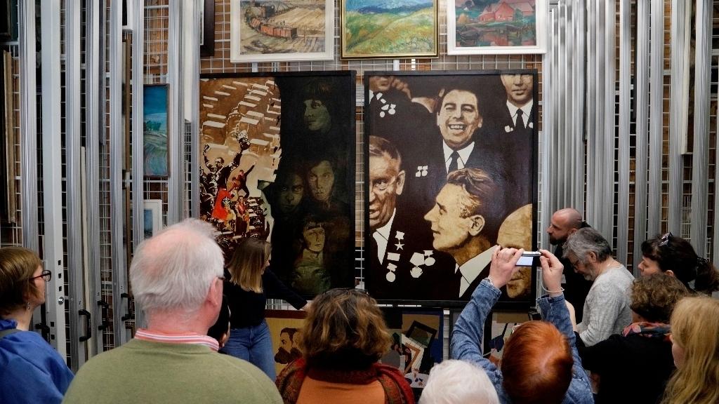 Beeskow Ddr Kunst Fans Erarbeiten An Zwei Tagen Zwei Ausstellungen Mmh