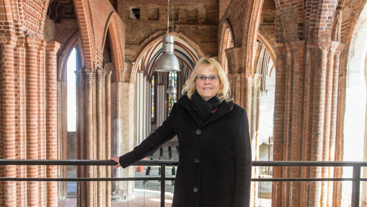 Sabine Wenzke, Leiterin des Eigenbetriebs Kulturbetriebe in Frankfurt (Oder), hat das Konzept für die Zukunft der Marienkirche vorgestellt.